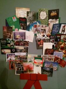 The Christmas Card Wreath. Now isn't that festive?